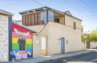Picture of 23 Little Lefroy Lane, South Fremantle WA 6162