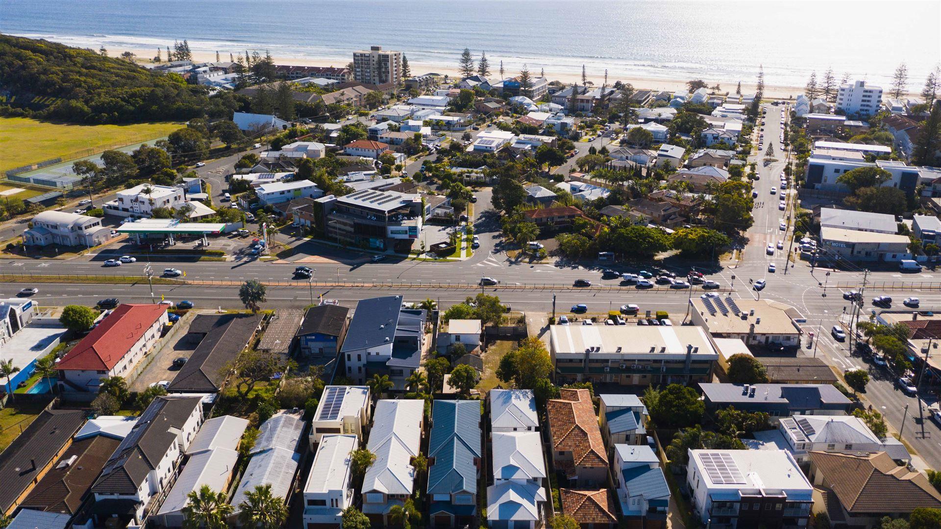 2100-2102 Gold Coast Highway, Miami QLD 4220, Image 0