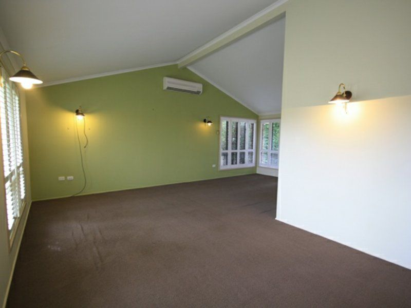 53 Keppel Avenue, Clinton QLD 4680, Image 2