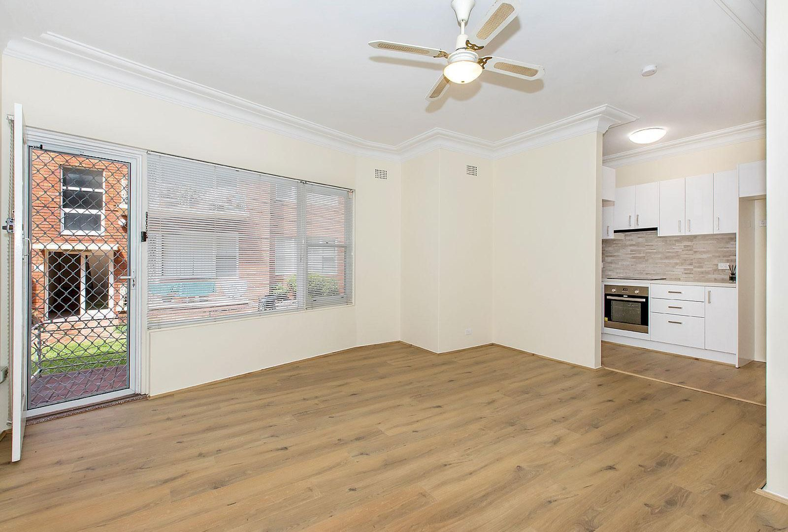 2/157 The Grand Parade, Monterey NSW 2217, Image 2