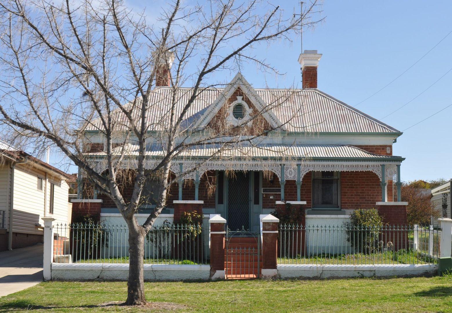 126 Lambert Street, Bathurst NSW 2795, Image 0