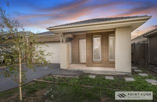 Picture of 34 Dingo Street, Point Cook VIC 3030
