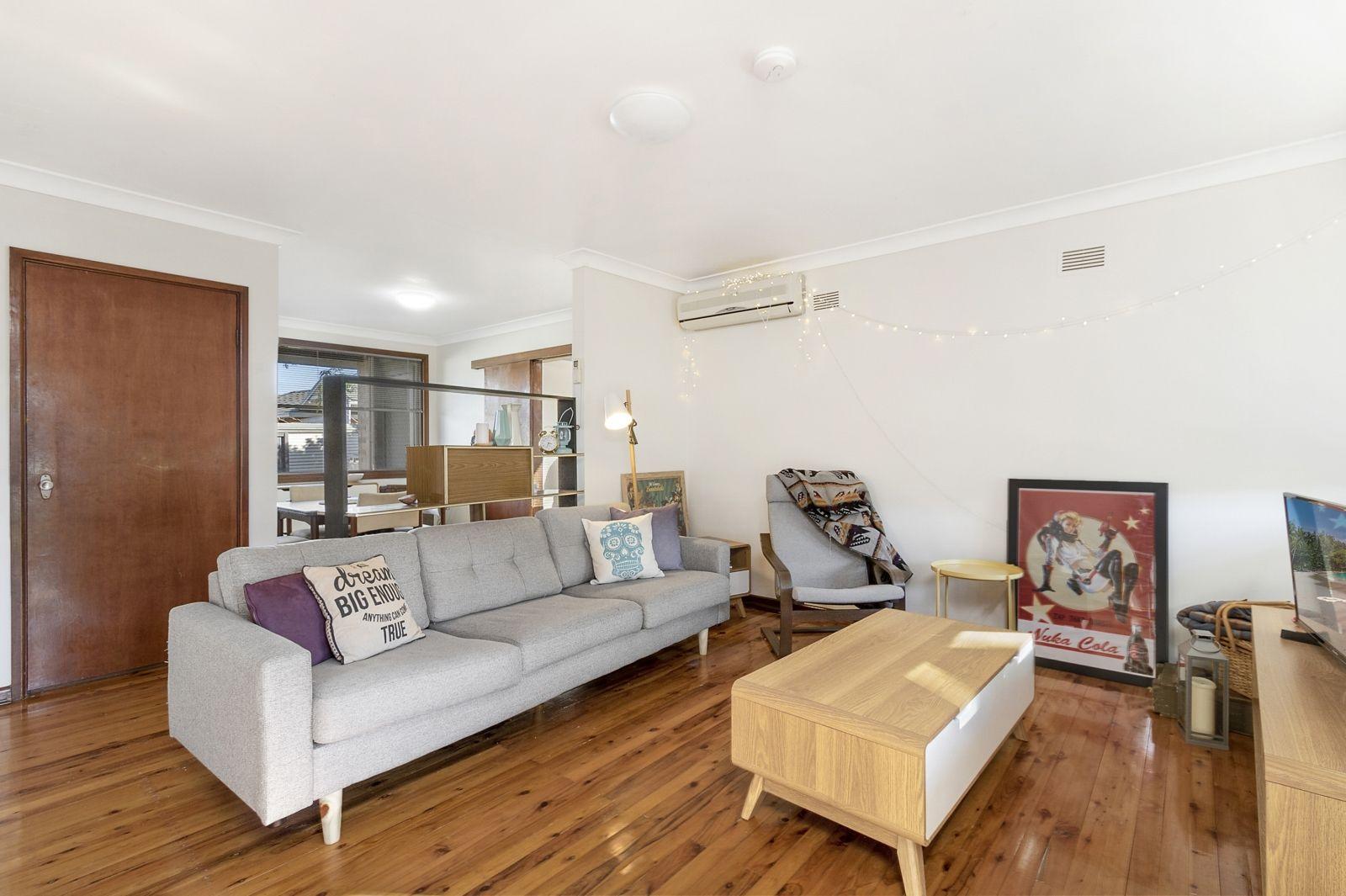 12 Douglas Street, Hobartville NSW 2753, Image 2