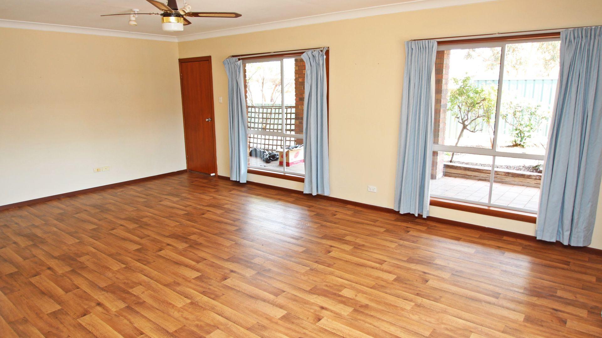 4 Murray Street, Paringa SA 5340, Image 1