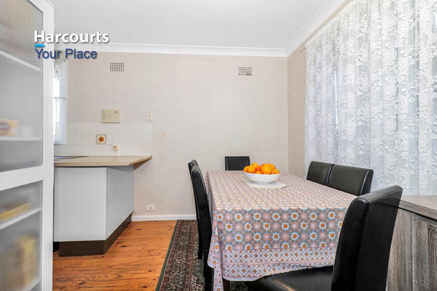 15 Runcorn Avenue, Hebersham NSW 2770, Image 2