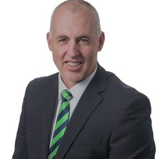 Warrick Thorpe, Sales representative