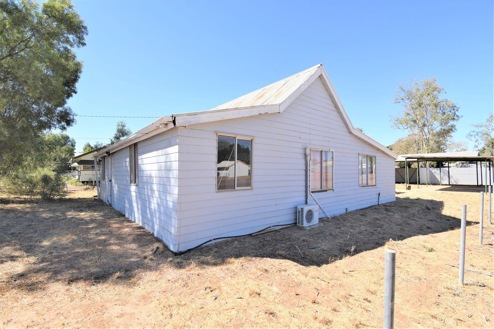 160 Ibis Street, Longreach QLD 4730, Image 1