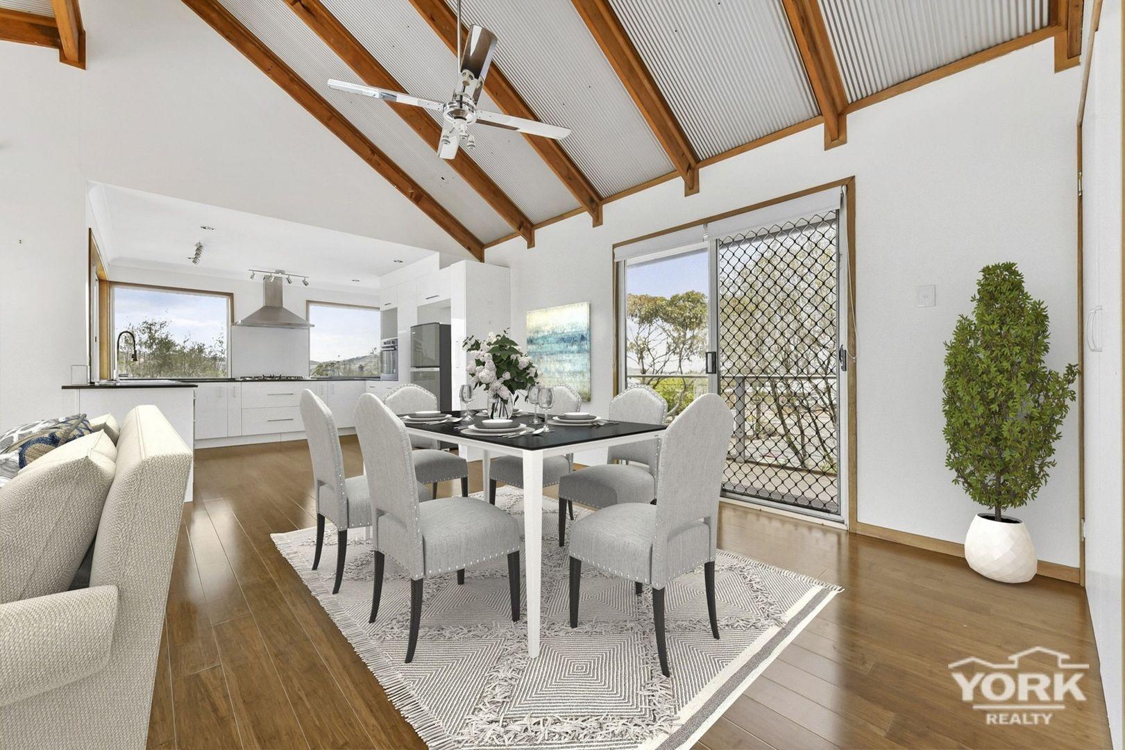 7 Amy Court, Westbrook QLD 4350, Image 2