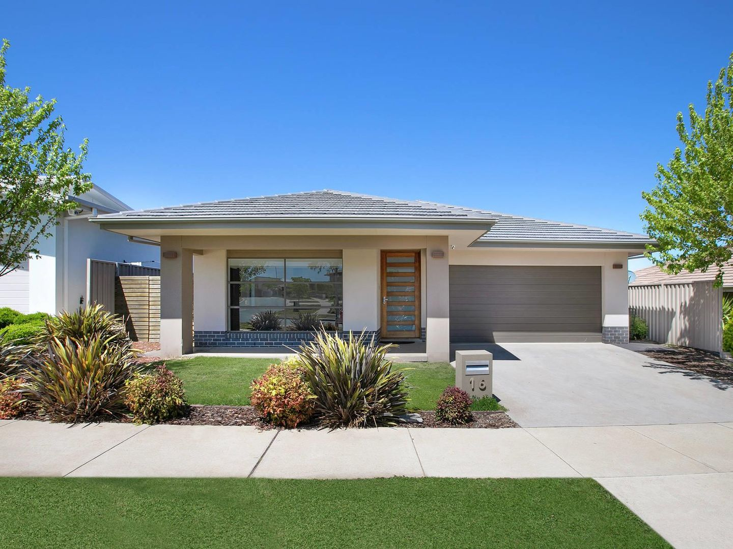 16 Langtree Crescent, Crace ACT 2911, Image 0