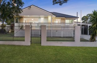 Picture of 15 Houghton Avenue, Redcliffe QLD 4020