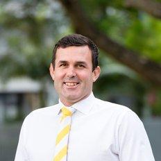 Jez McNamara, Sales representative