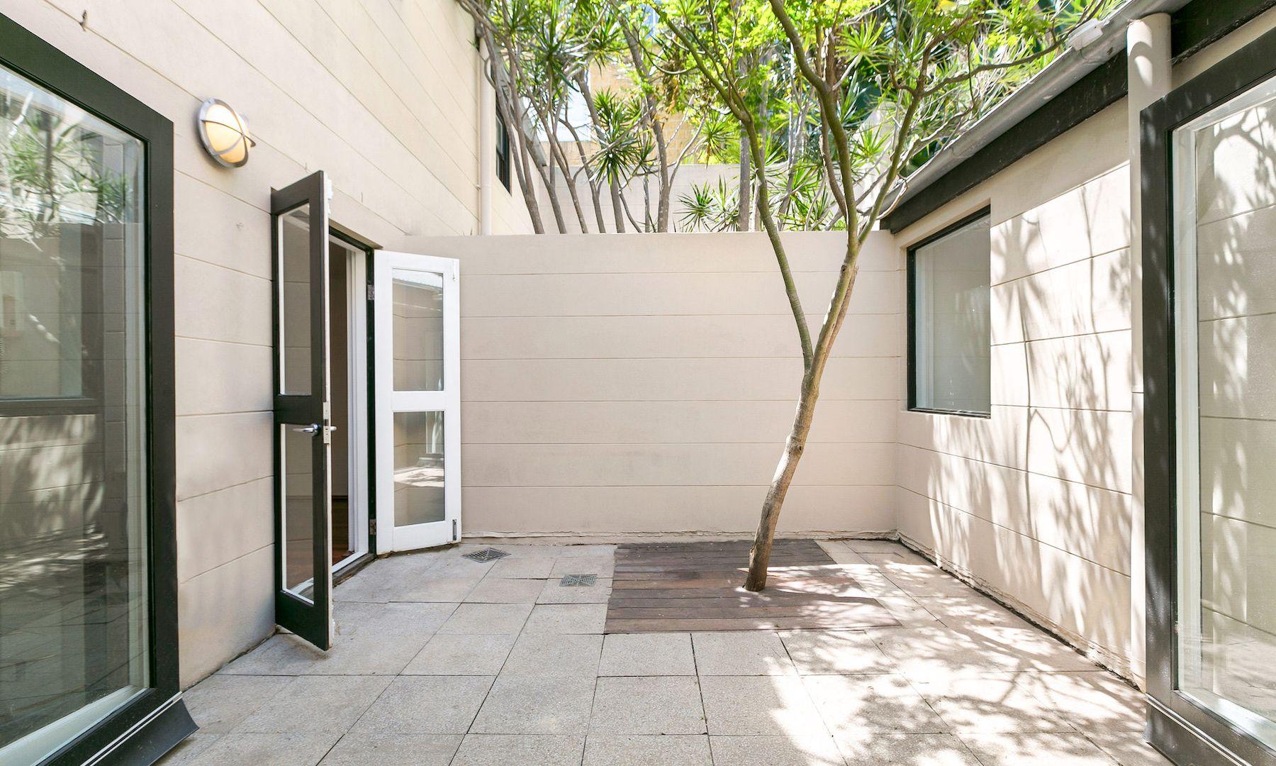 20 Denham Street, Surry Hills NSW 2010, Image 2