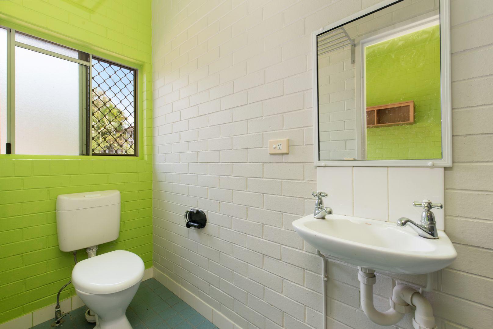 2/110 Klumpp Road, Upper Mount Gravatt QLD 4122, Image 2