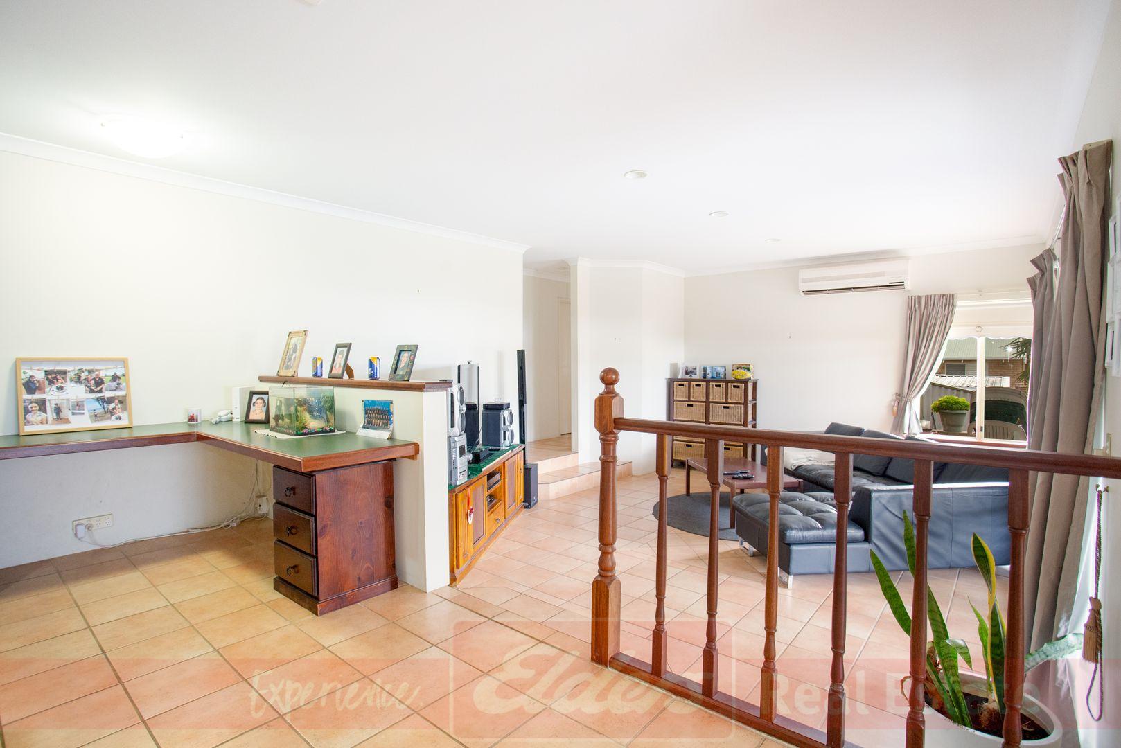 9 Whatman Way, Australind WA 6233, Image 2