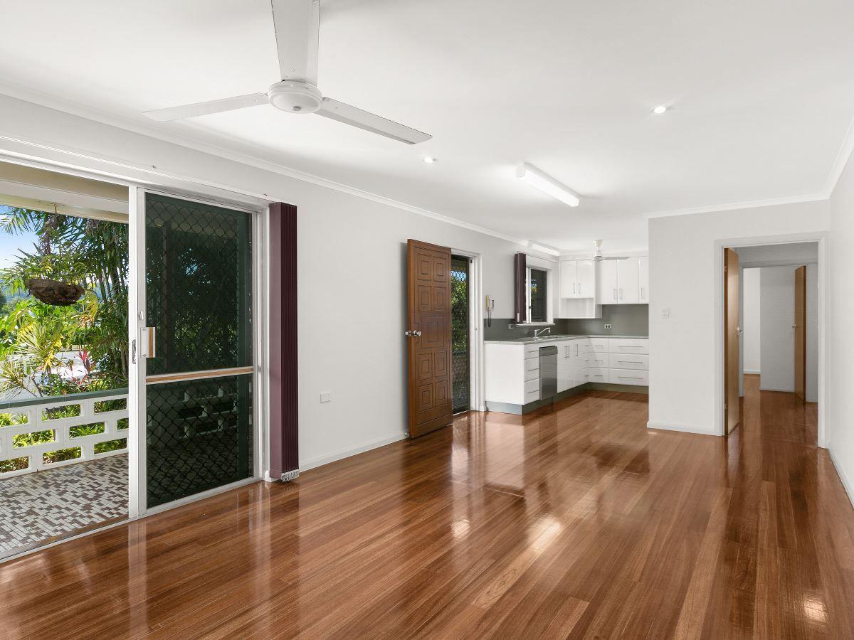 193 Gatton Street, Westcourt QLD 4870, Image 2