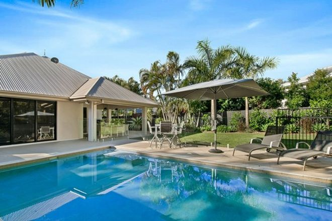 Picture of 19 Barcoola Place, TWIN WATERS QLD 4564