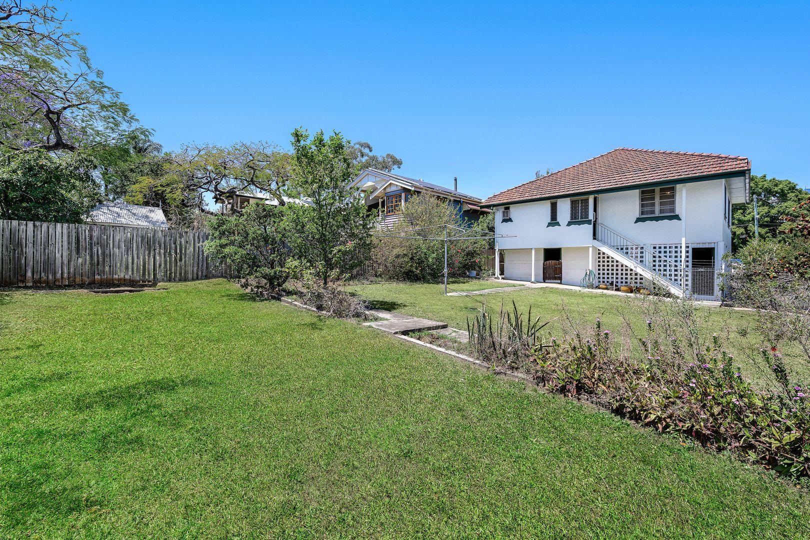 6 Tenth Avenue, Kedron QLD 4031, Image 1
