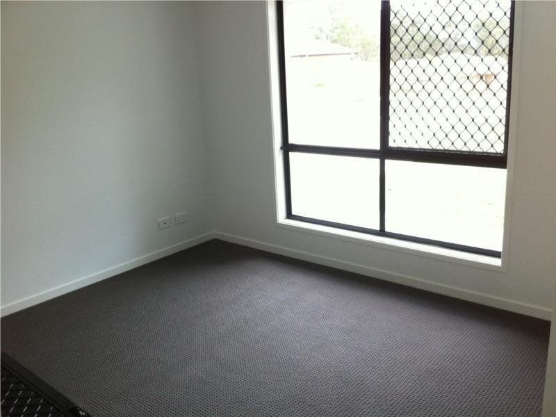 4 Gordon Drive, Bellbird Park QLD 4300, Image 2