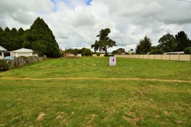 Picture of 42-44 Vernon Street, GUYRA NSW 2365