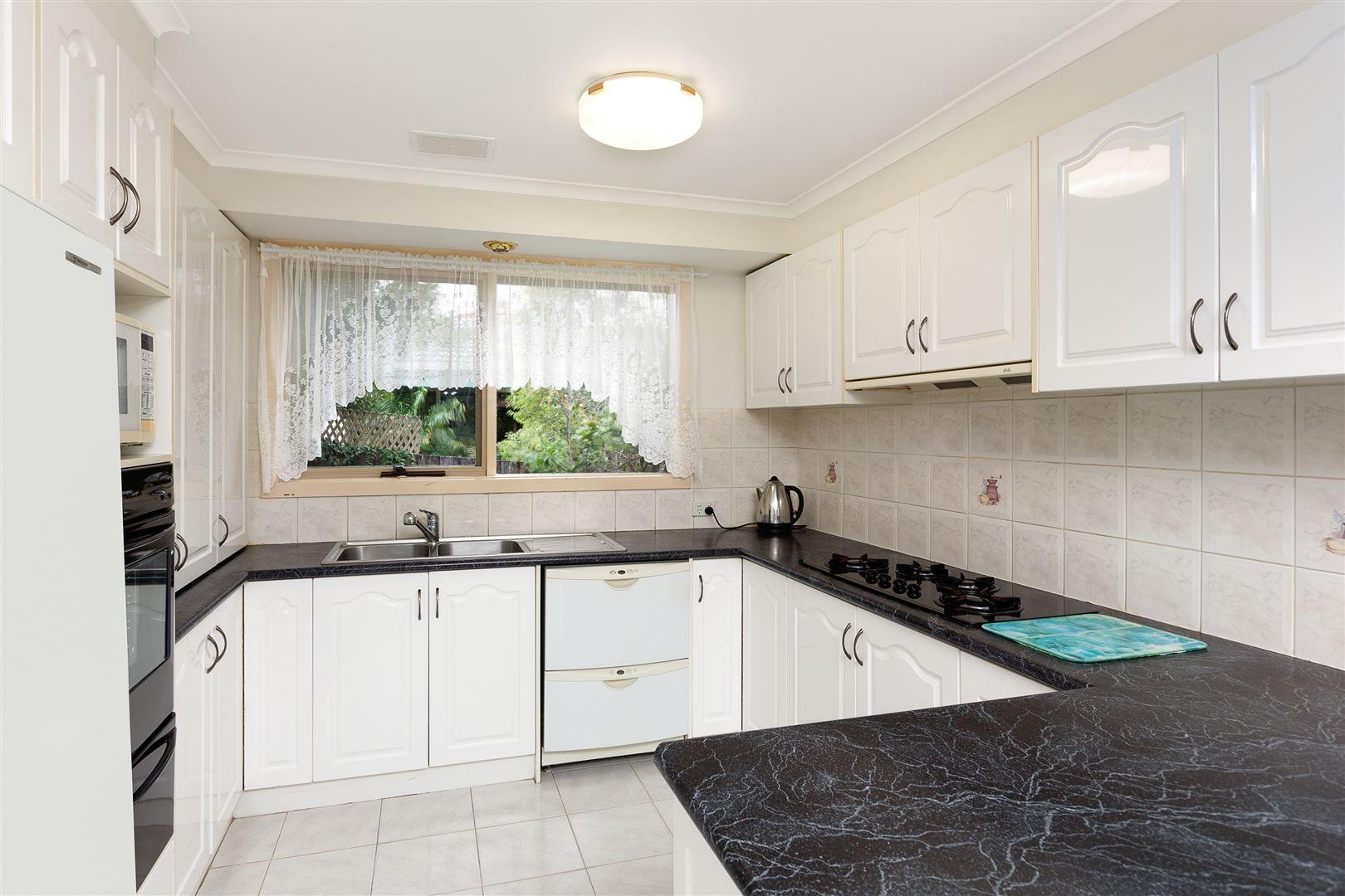 59 Sydney Parkinson Avenue, Endeavour Hills VIC 3802, Image 1