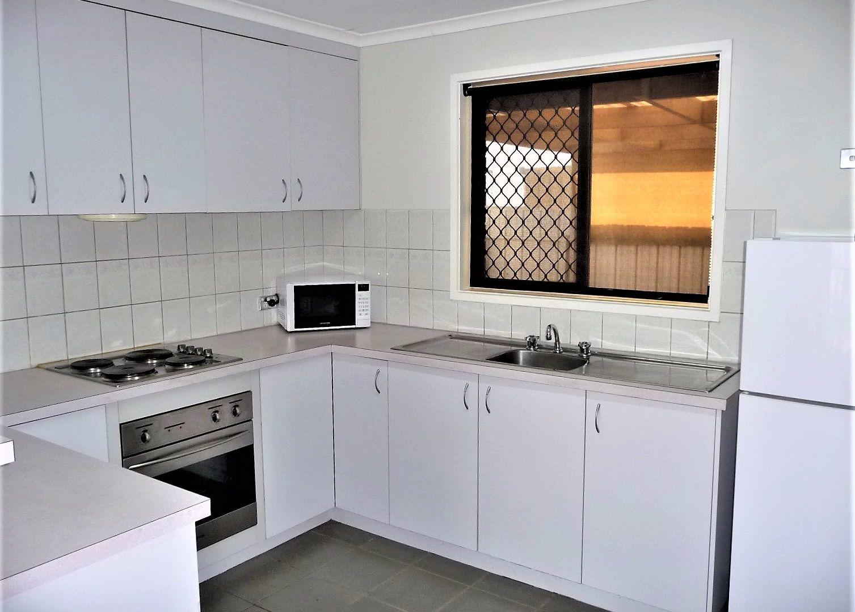2/16 Council Street, Moama NSW 2731, Image 2