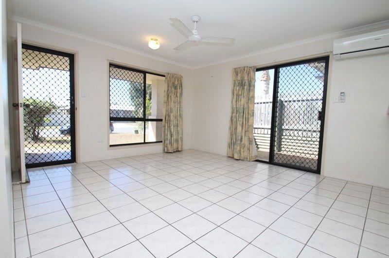 1/12 Calman Street, Clinton QLD 4680, Image 2