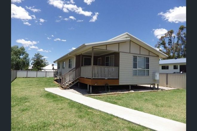 Picture of 1/62 Hawthorne Street, ROMA QLD 4455