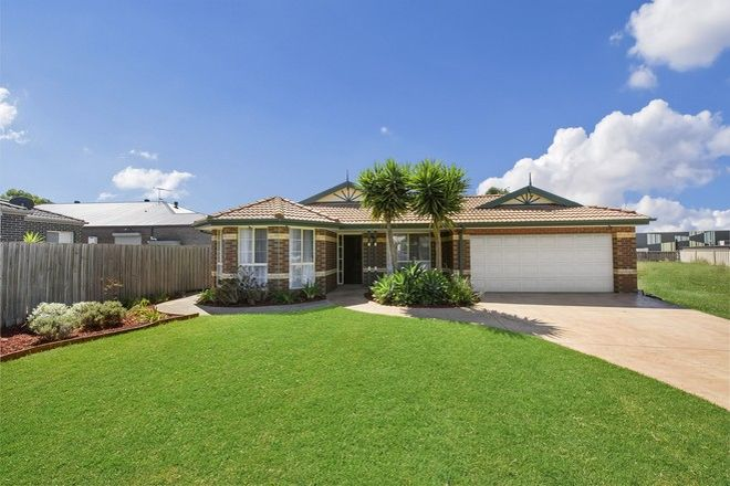 Picture of 3 Marin Court, TAYLORS HILL VIC 3037