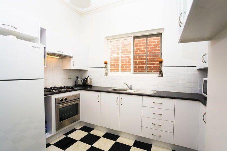 42 Erskine Street, North Melbourne VIC 3051, Image 2