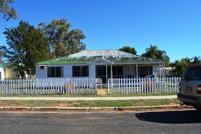 14 Mitchell Street, Tambo QLD 4478