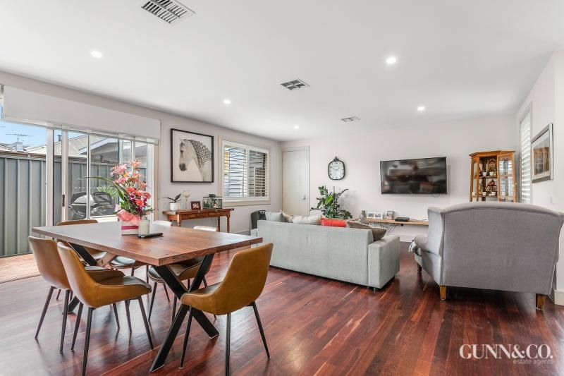 2/89 Melbourne Road, Williamstown VIC 3016, Image 2