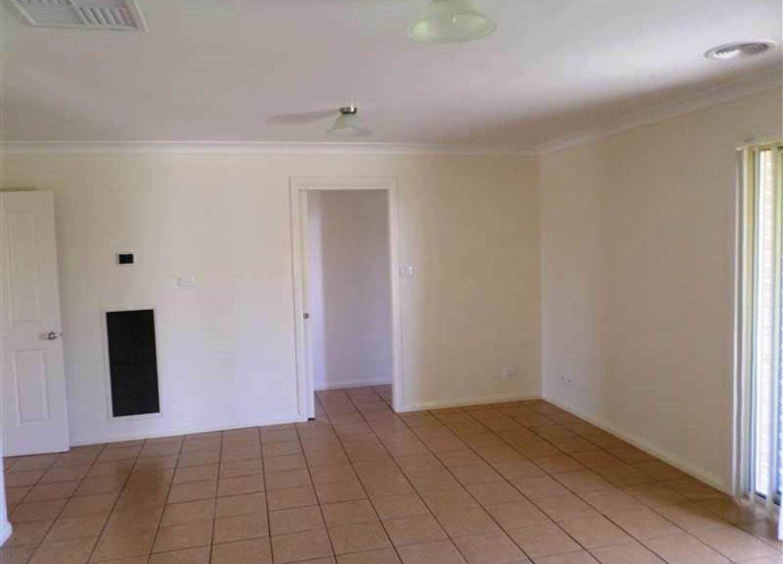 49 Bedervale Street, Bourkelands NSW 2650, Image 2