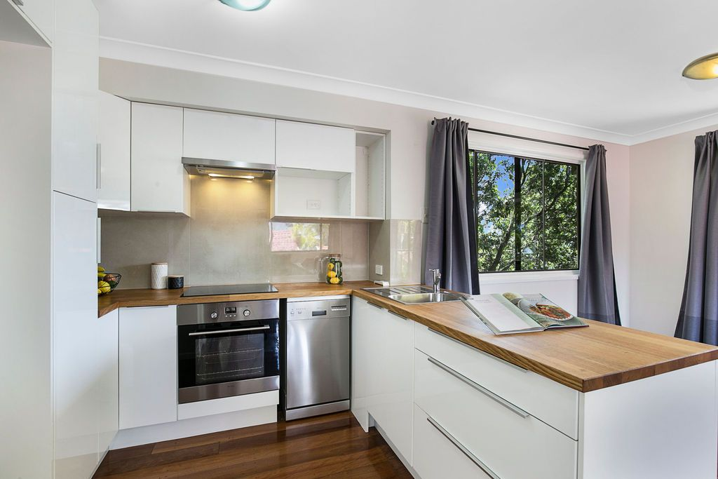 14 Blackwood Road, Manly West QLD 4179, Image 1