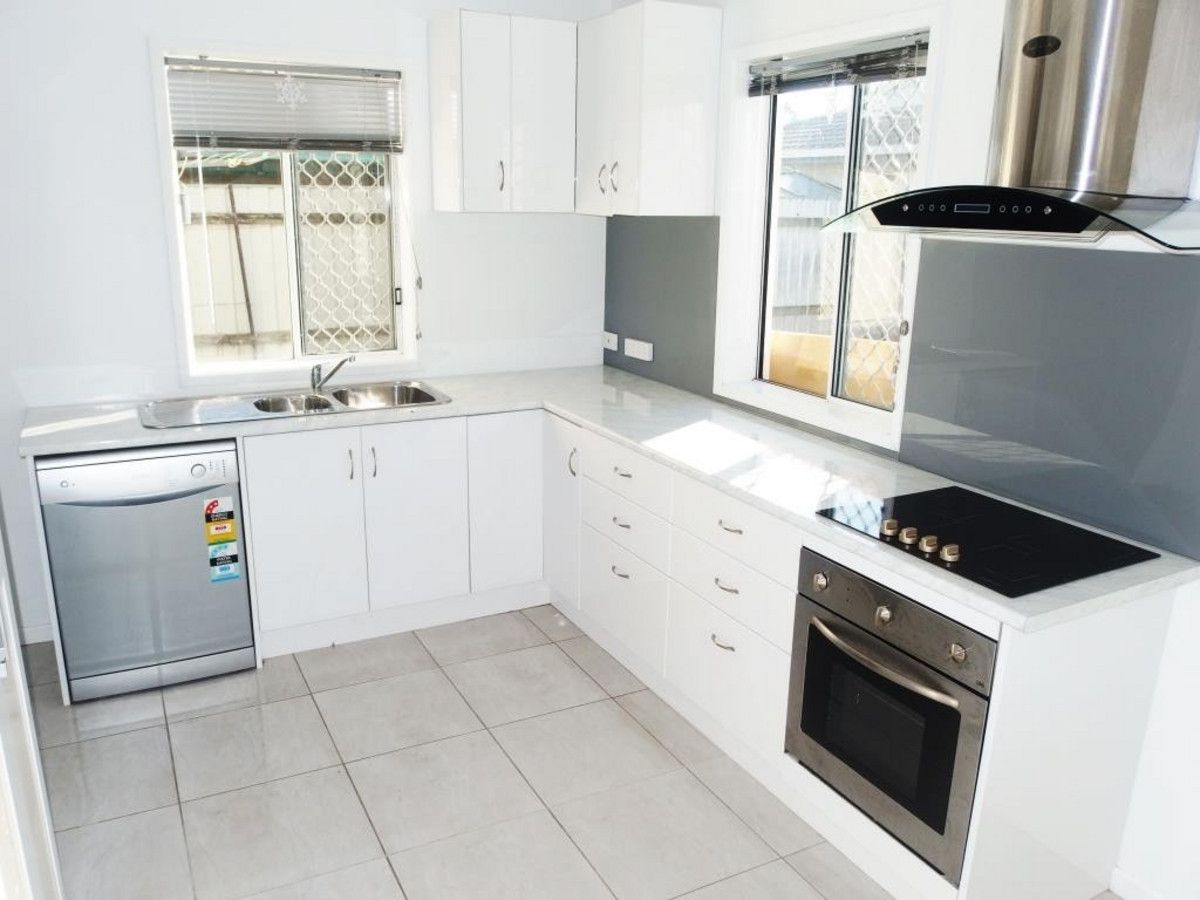 2/59 Quinn Street, Rosslea QLD 4812, Image 0