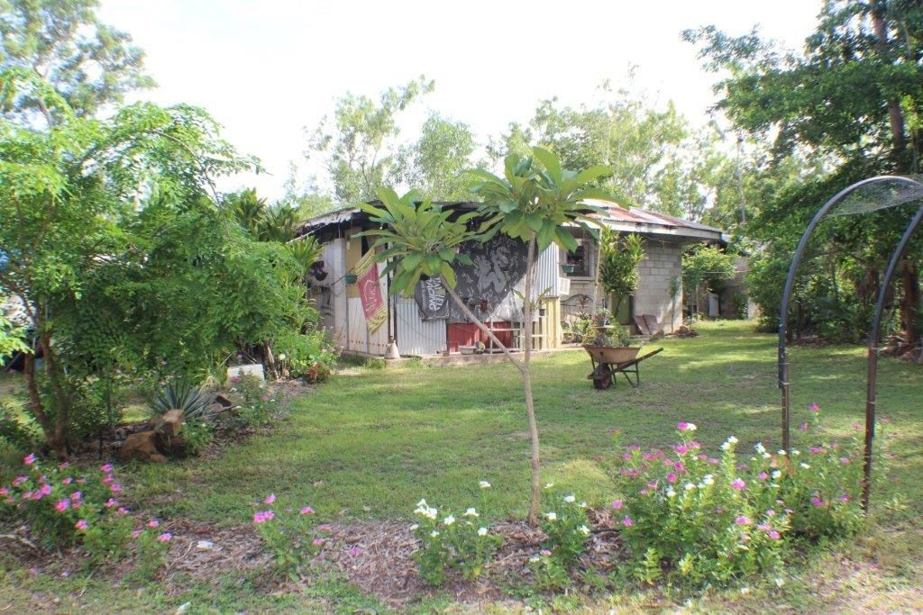35 Carveth Road, Berry Springs NT 0838, Image 2