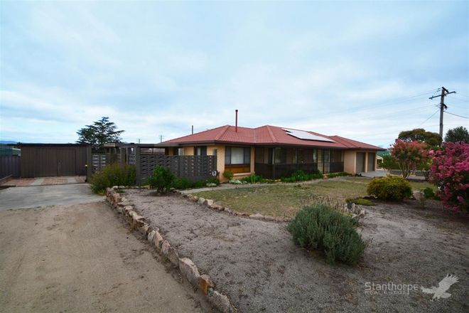 Picture of 77 College Road, STANTHORPE QLD 4380