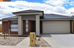 Picture of 25 Upthorpe Way, Mickleham VIC 3064