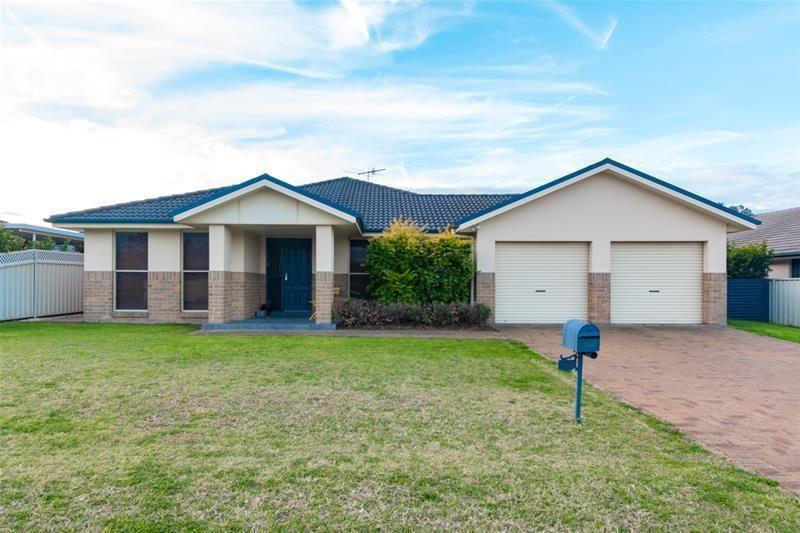 81 Acacia Circuit, Singleton NSW 2330, Image 0