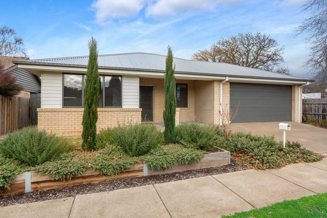 Picture of 29 Stawell Street, ROMSEY VIC 3434