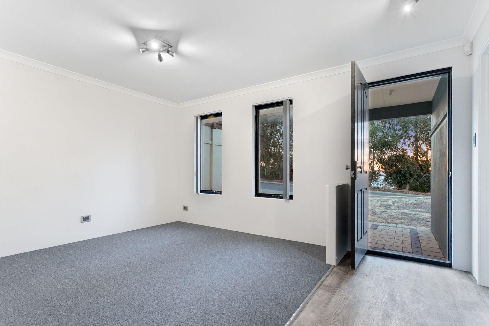 20 Friarbird Terrace, Beeliar WA 6164, Image 2