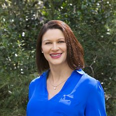 Sally Dodd, Sales representative
