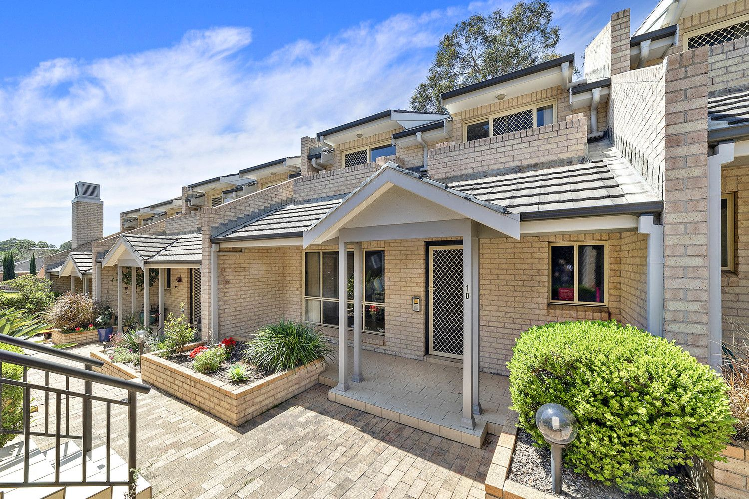 10/831 Henry Lawson Drive, Picnic Point NSW 2213, Image 0