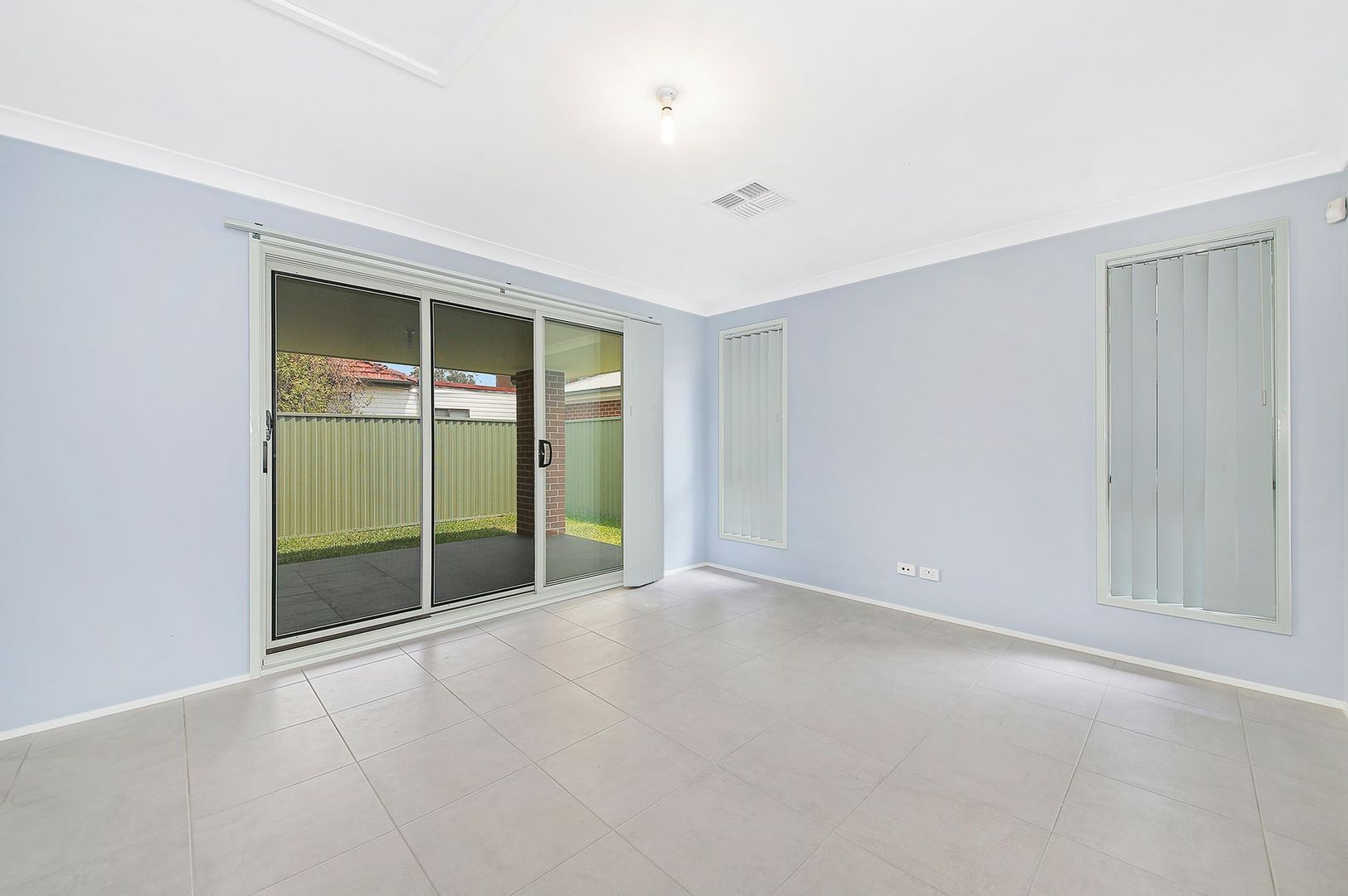 218 Bransgrove Road, Panania NSW 2213, Image 2