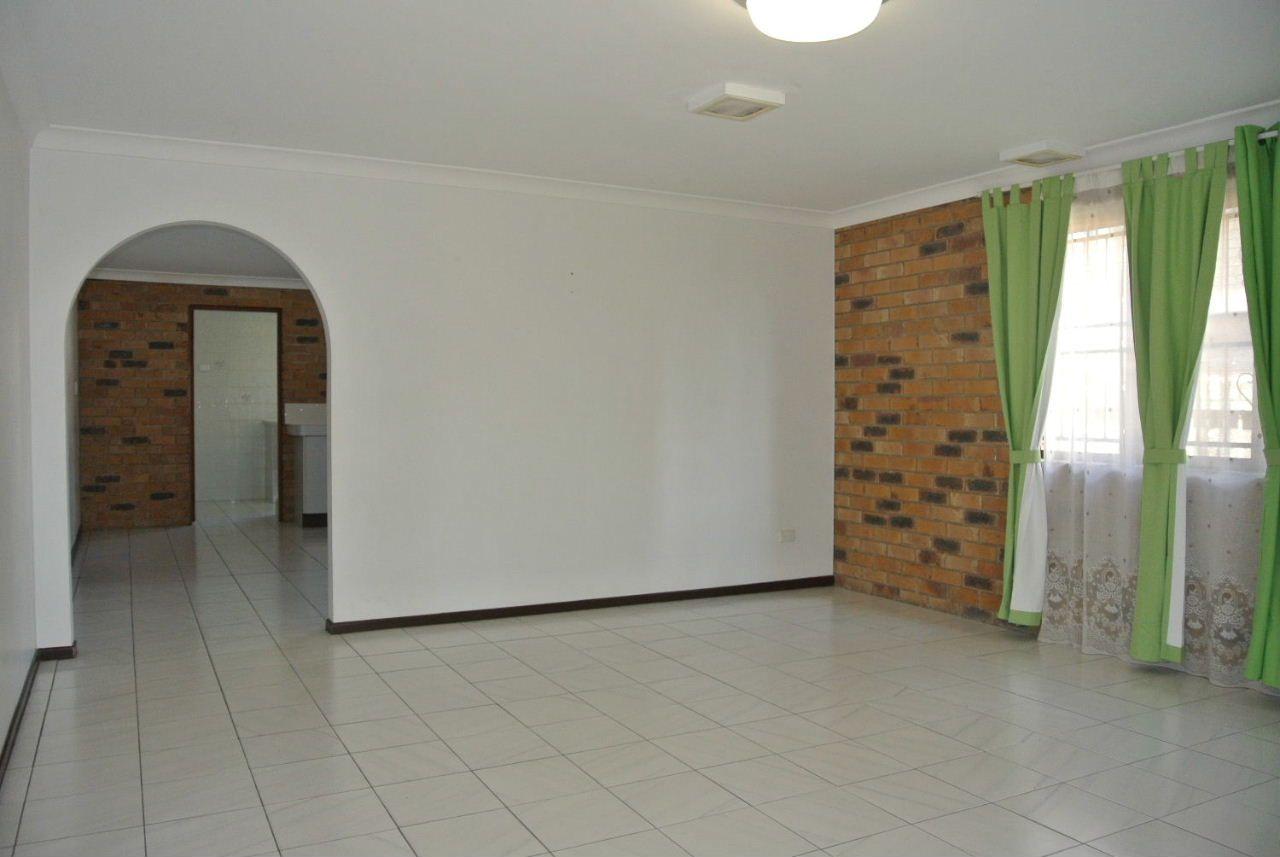 12 Lindisfarne Street, Carindale QLD 4152, Image 1