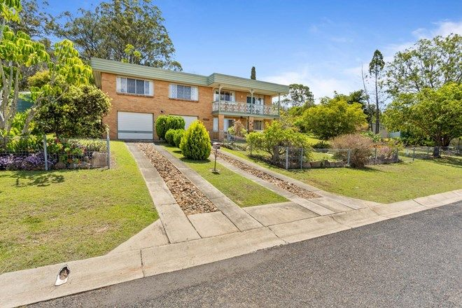 Picture of 20 Railway Terrace, CROWS NEST QLD 4355