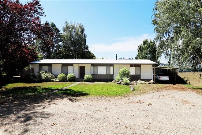 Picture of 129 Keenans Road, BATLOW NSW 2730