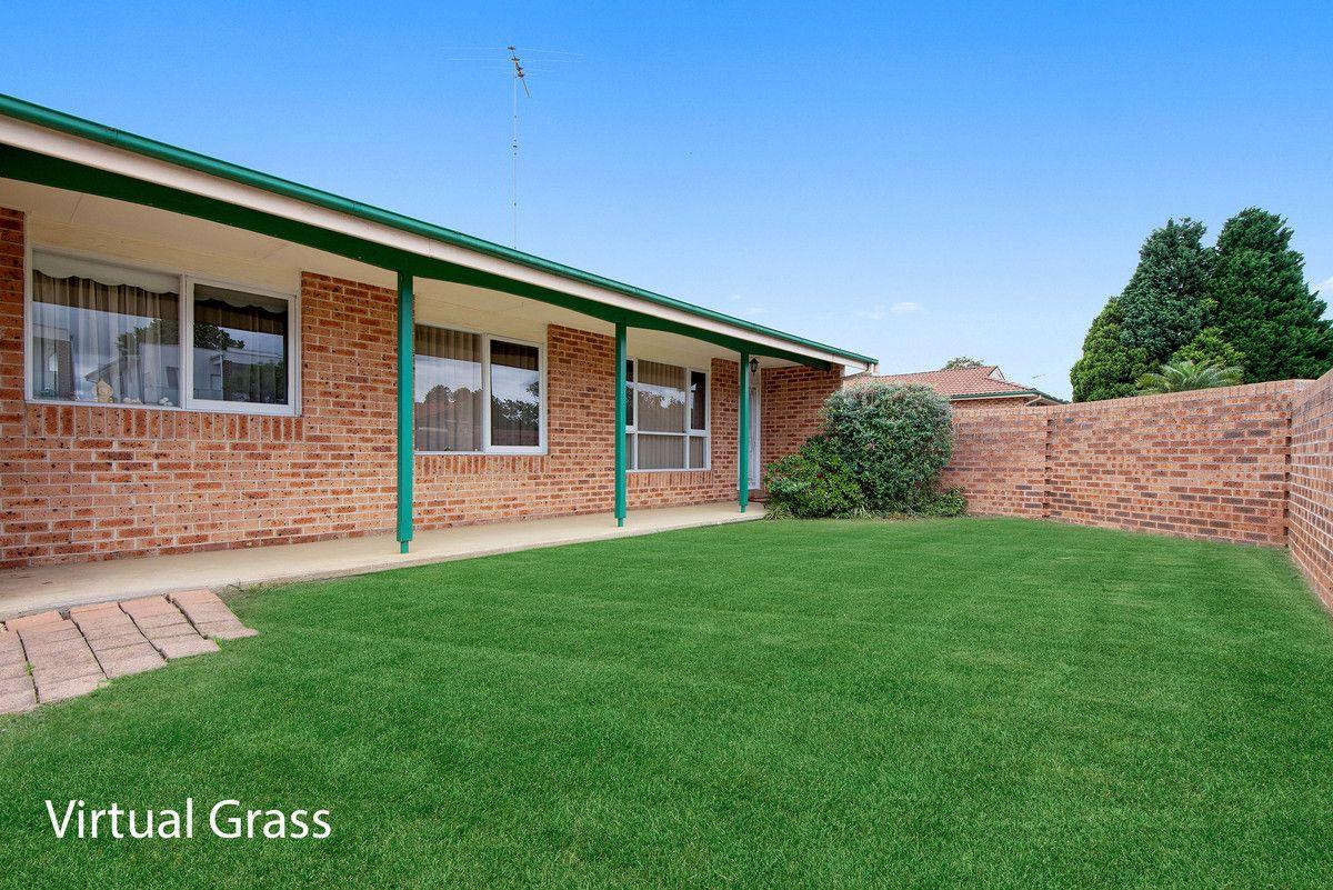 2/225 Harrow Road, Glenfield NSW 2167, Image 1