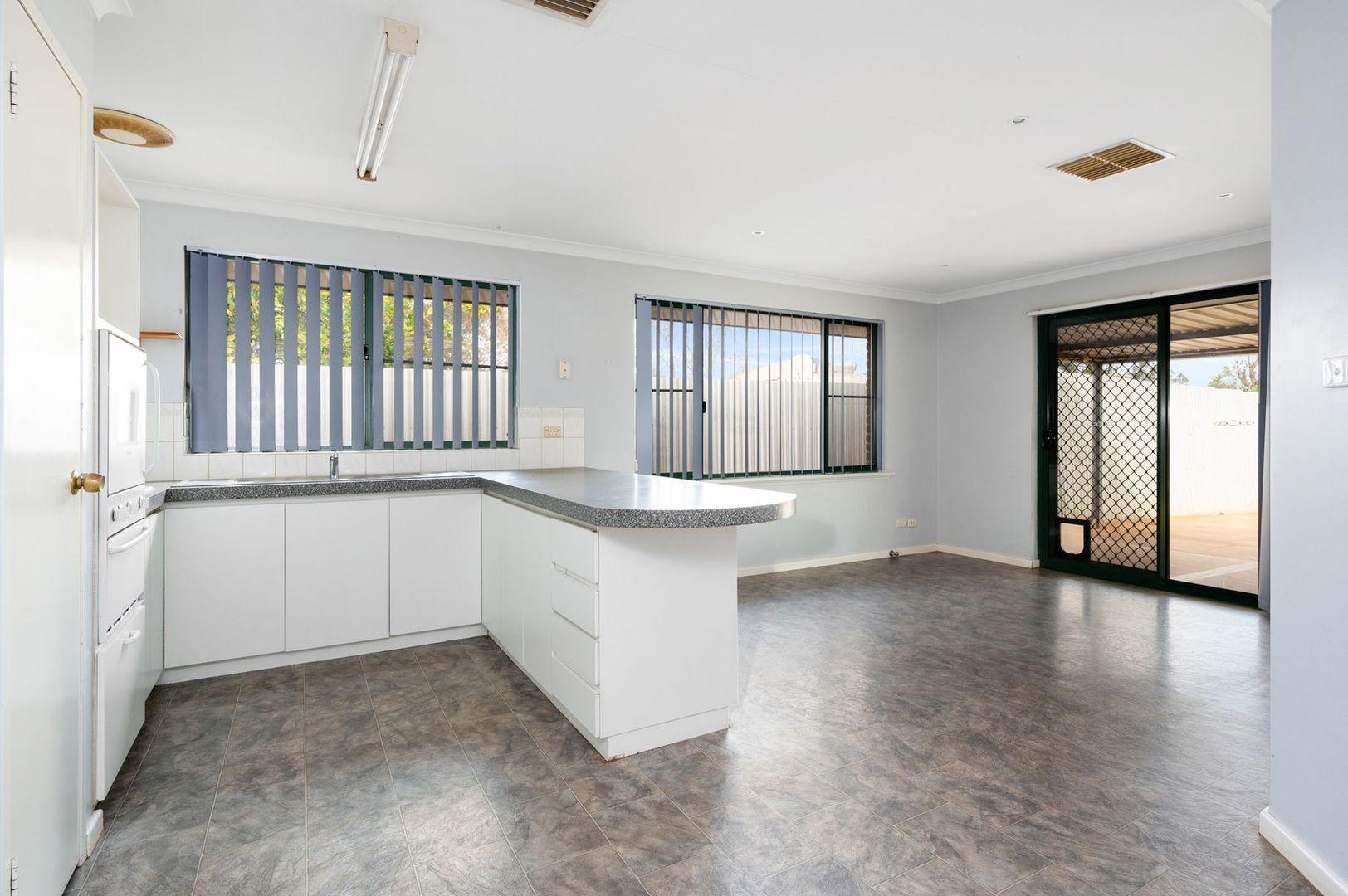 4 Truscott Court, South Kalgoorlie WA 6430, Image 2