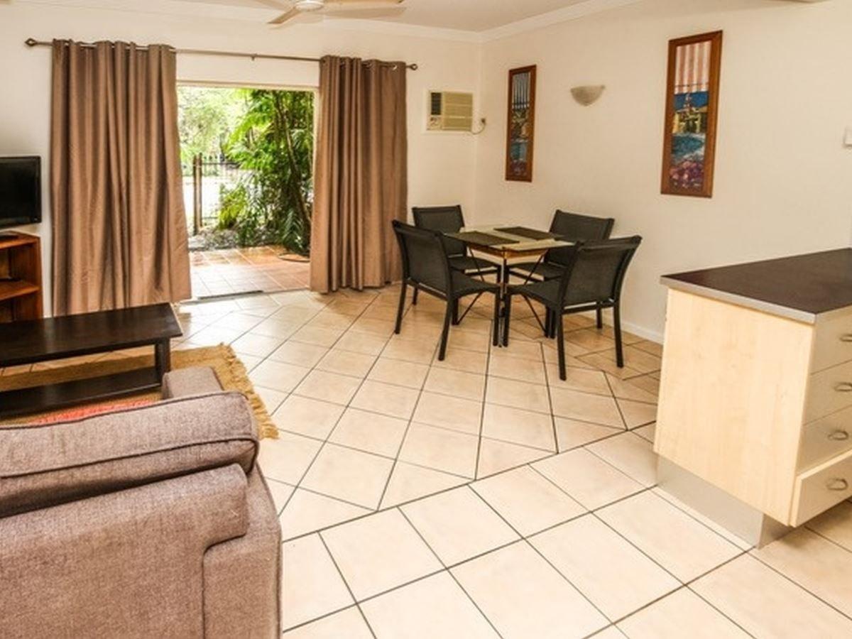 9/10 Digger Street, Cairns North QLD 4870, Image 2