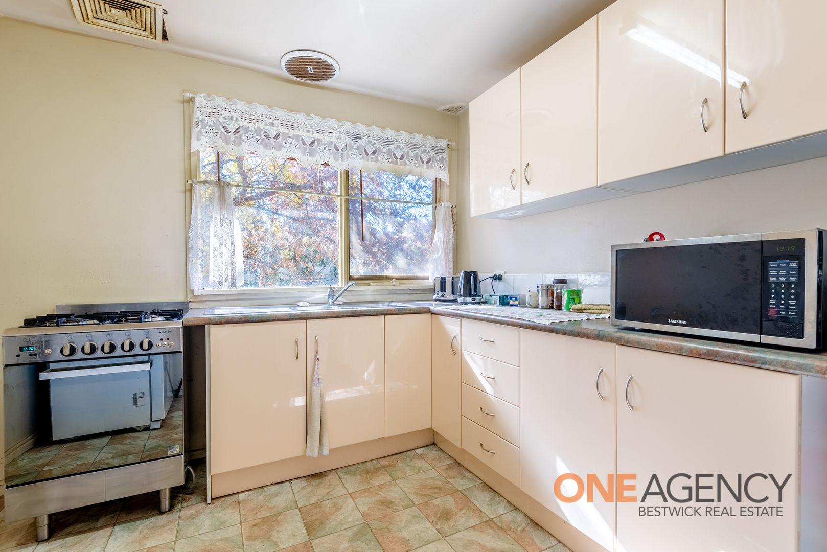 10 Larson Street, West Bathurst NSW 2795, Image 1